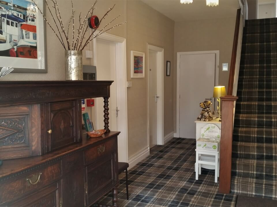 Summerfield Guest House Bridlington Front Entrance Hall